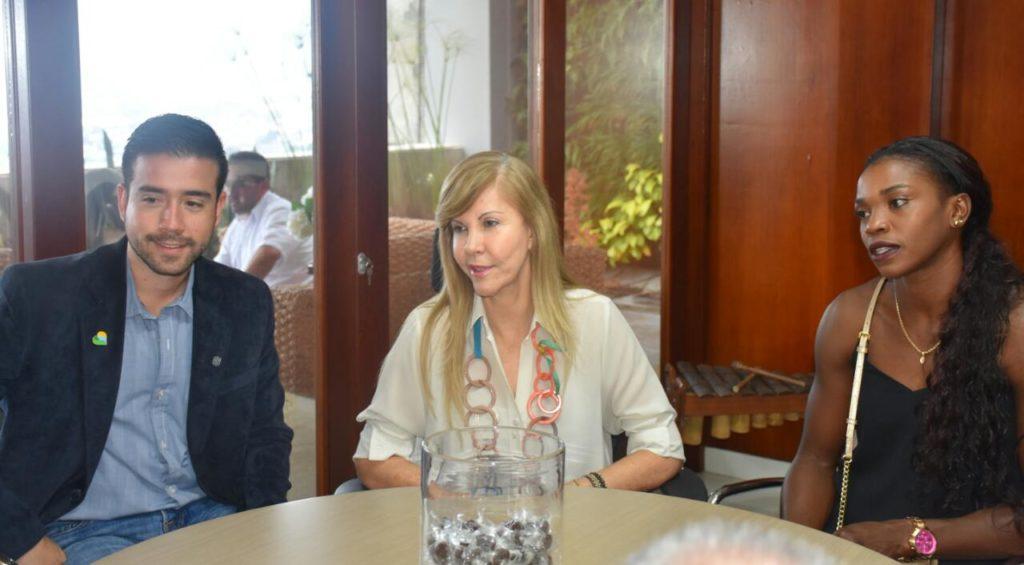 Entrenador de Caterine Ibargüen podría retornar al Valle como parte de estrategia Valle Oro Puro