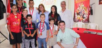 Bicicrocistas destacados en el Mundial de Medellín recibieron la medalla al mérito 'Valle Oro Puro'
