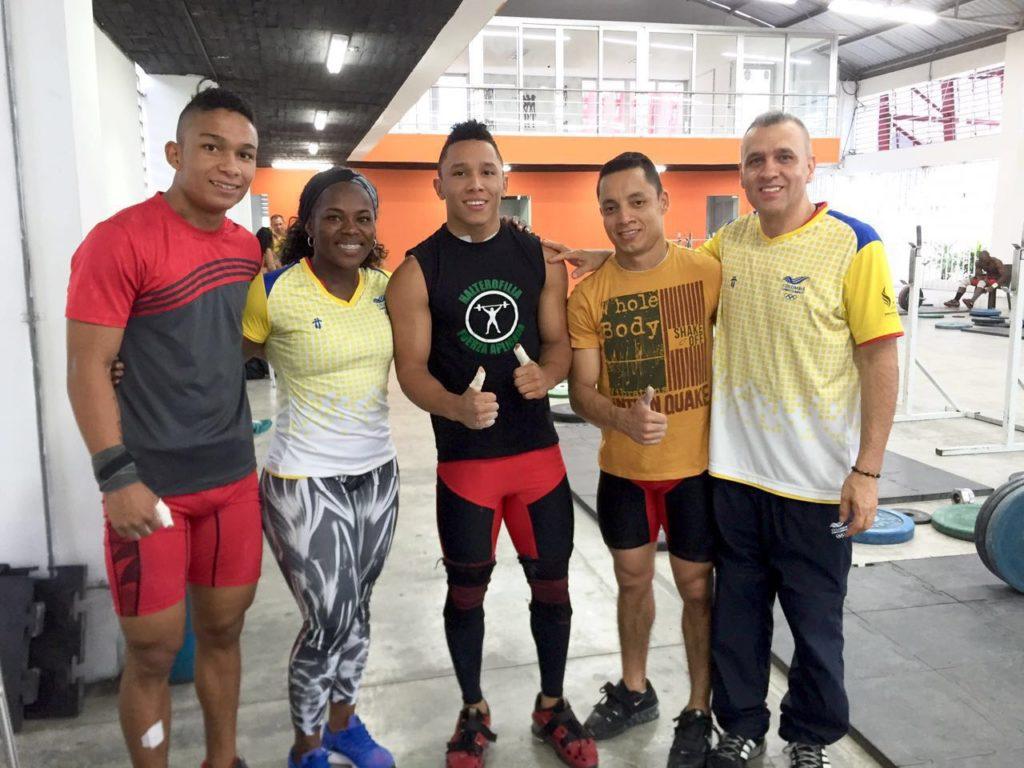 Selección Colombia de levantamiento de pesas a definir el equipo olímpico en Cartagena de indias