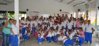 Programa de Recreación para Estimulación Temprana en niños y niñas capacitó a más de 2.000 madres comunitarias en el Valle