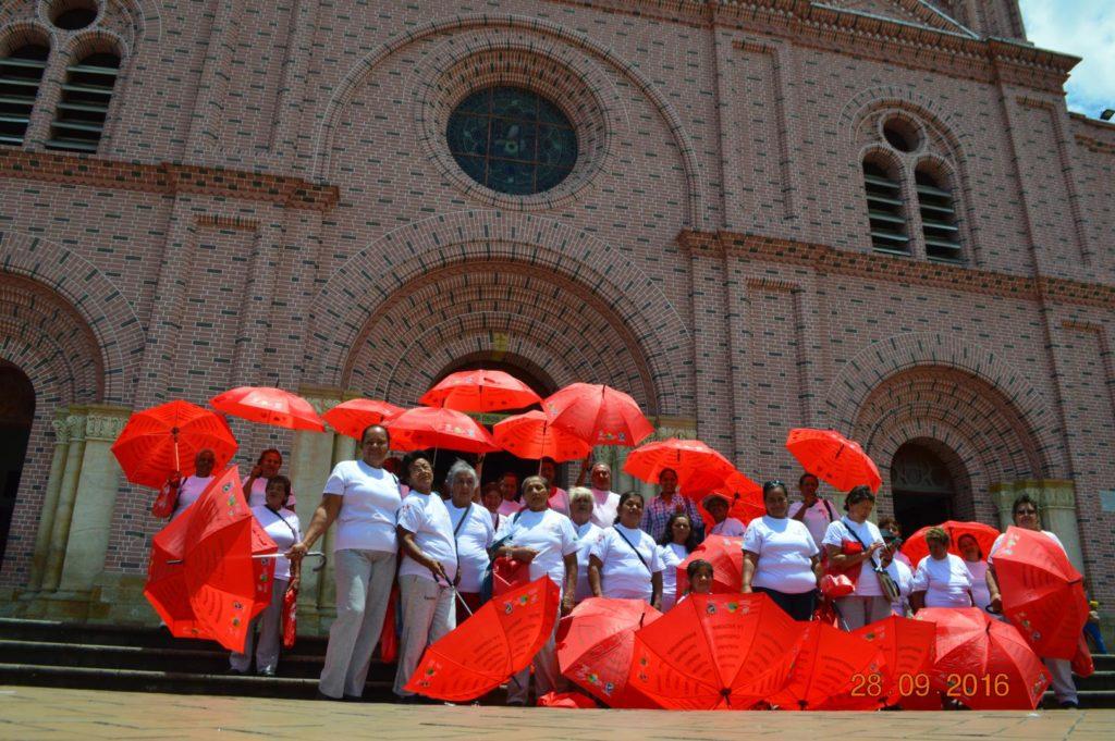 Adultos mayores de Candelaria y Jamundí disfrutaron con el programa Recréate y Conoce tu Valle