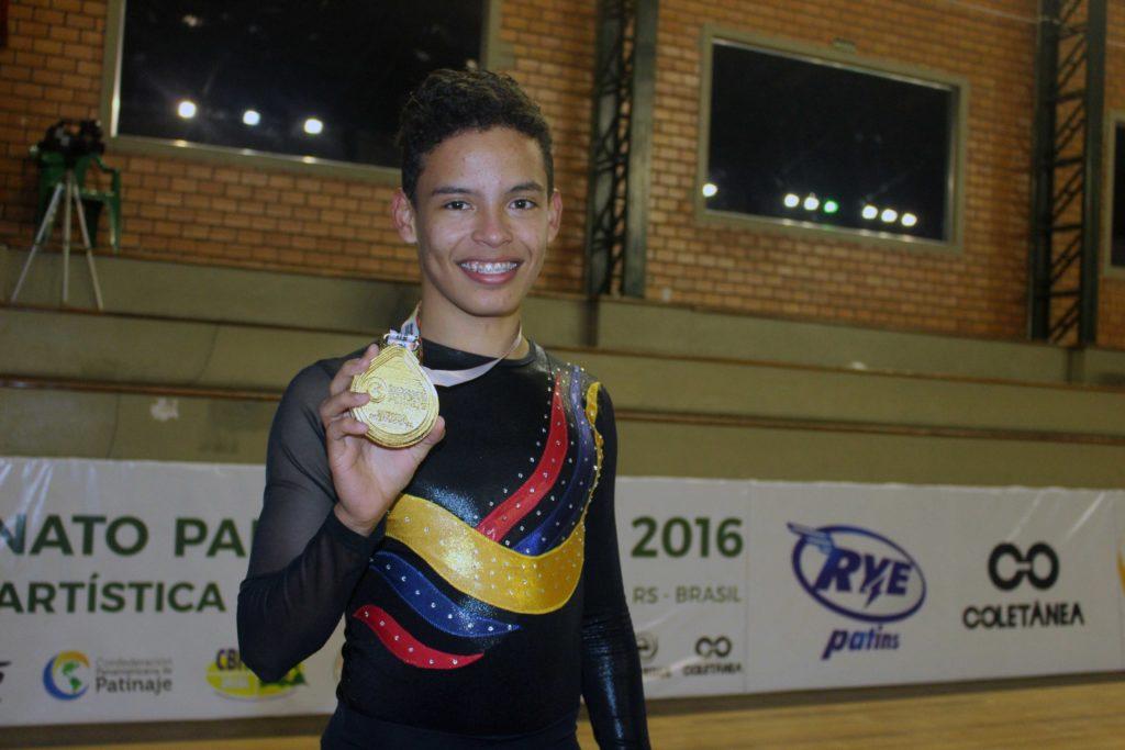 Brayan Carreño ganó bronce en el Mundial de patinaje artístico