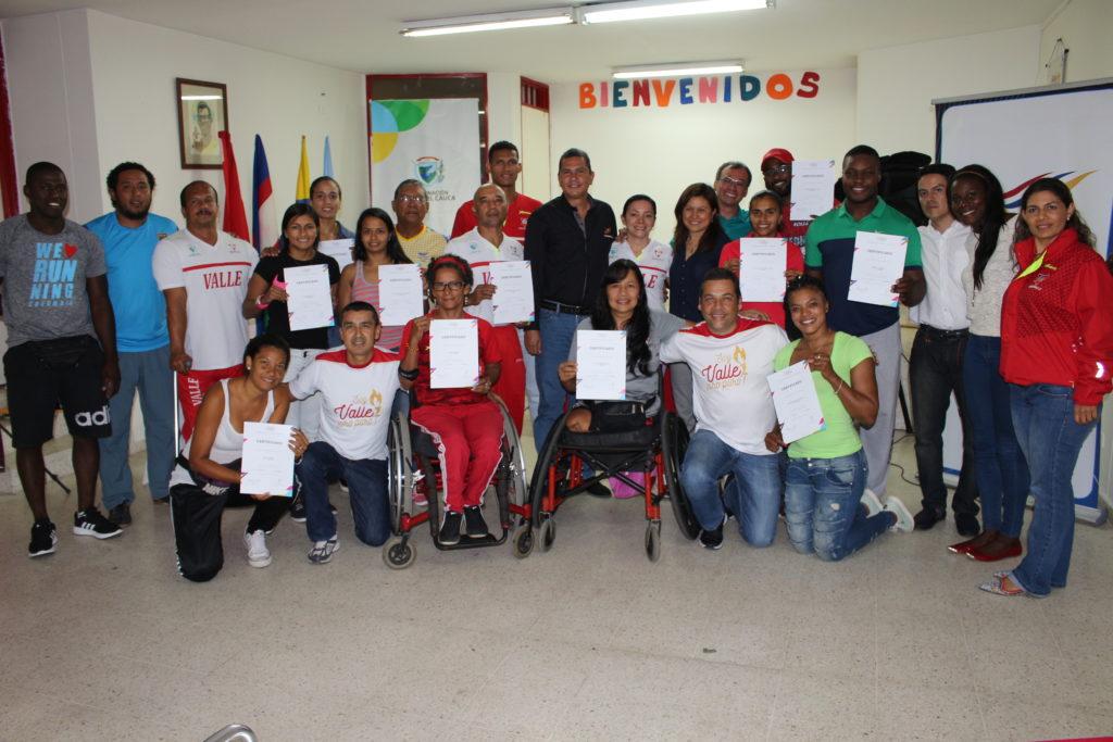 """En Indervalle se realizó taller de programa de preparación de atletas """"Valle Oro Puro"""""""