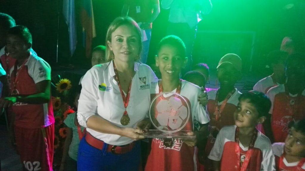 Niños y niñas de Jamundí despidieron el programa Fútbol Mixto para la Paz