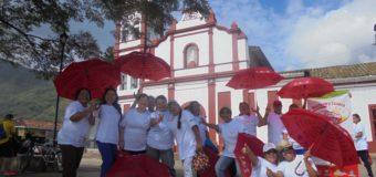 Adultos mayores de Cali, Buga y San Pedro, beneficiarios del programa Recréate y Conoce tu Valle