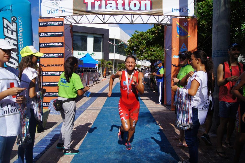 Vallecaucana Diana Castillo ganó el sprint en el Campeonato Nacional de Triatlón