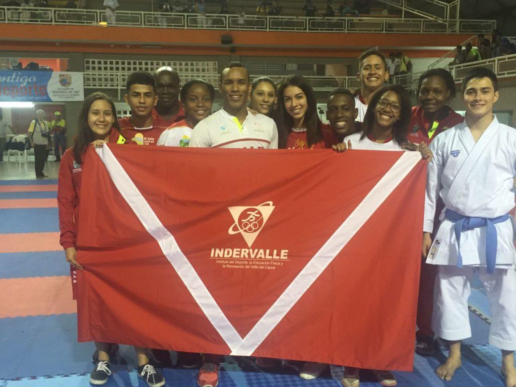 En su tierra Valle Oro Puro dominó Nacional de Karate