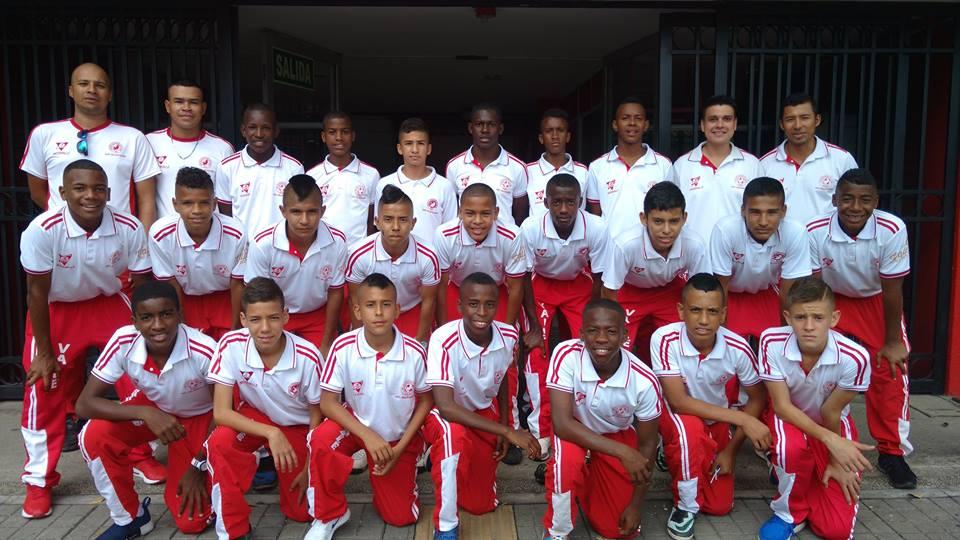 Selección infantil de fútbol llega invicta a la gran final nacional