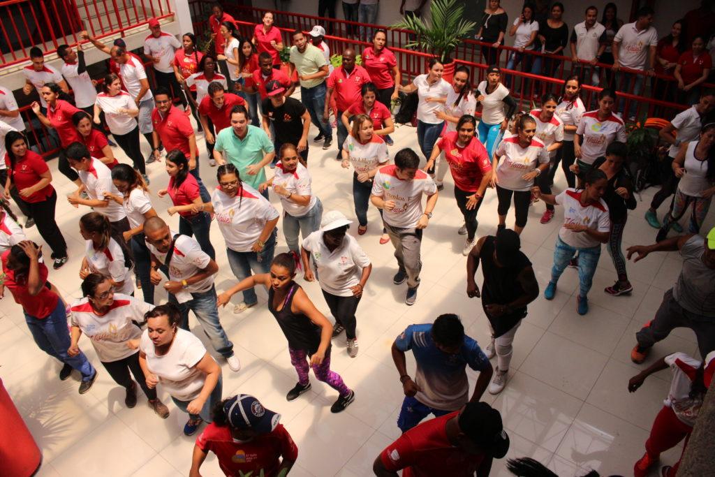 Funcionarios de Indervalle, celebraron el Día Mundial de la Actividad Física