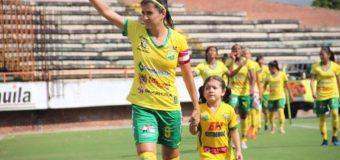 Carolina Pineda, la cuota Valle Oro Puro en la semifinal de la Liga femenina de fútbol