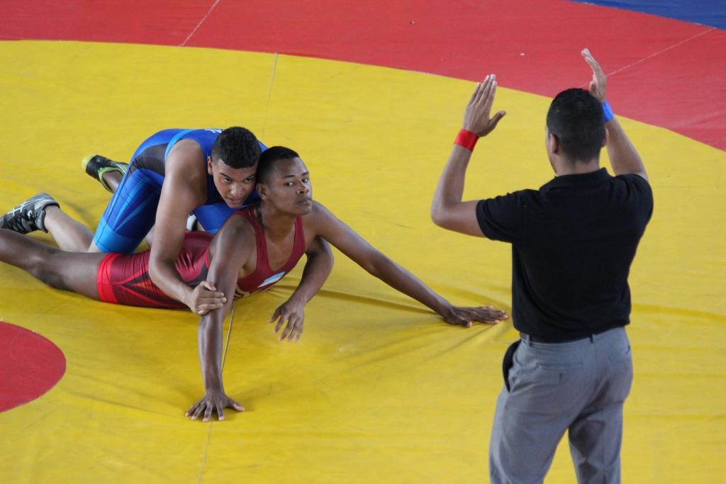 Valle fue el campeón del Nacional de Lucha en Palmira