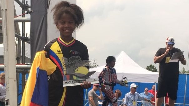Vallecaucana Guadalupe Palacios, campeona mundial de bmx