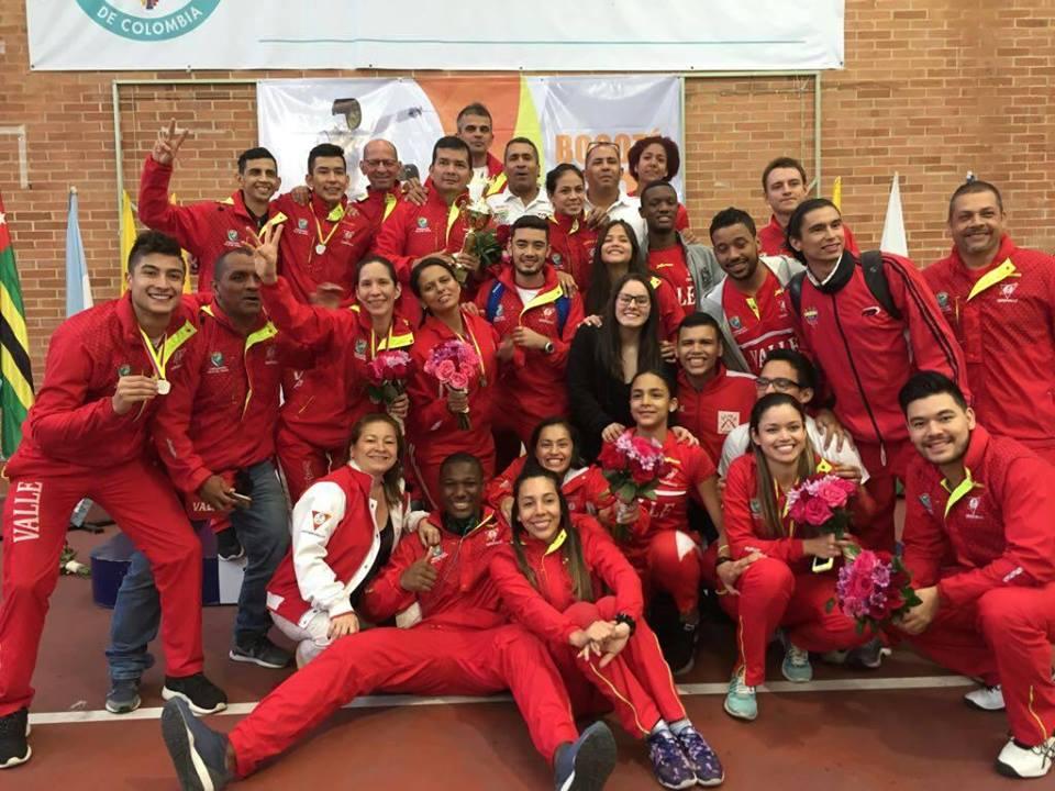 Valle Oro Puro dominó por tercer año consecutivo el Nacional de Esgrima