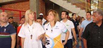 Complejo Deportivo Óscar Figueroa presenta avance del 95%