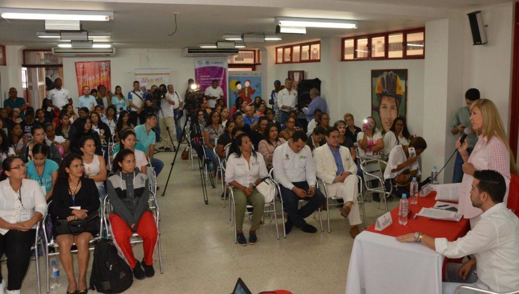 Gobernadora del Valle y directora de Coldeportes dieron apertura al diplomado en dirigencia deportiva para mujeres vallecaucanas
