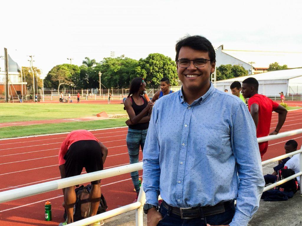 John Henry Rueda, un deportólogo que encanta en el sector paralímpico del Valle
