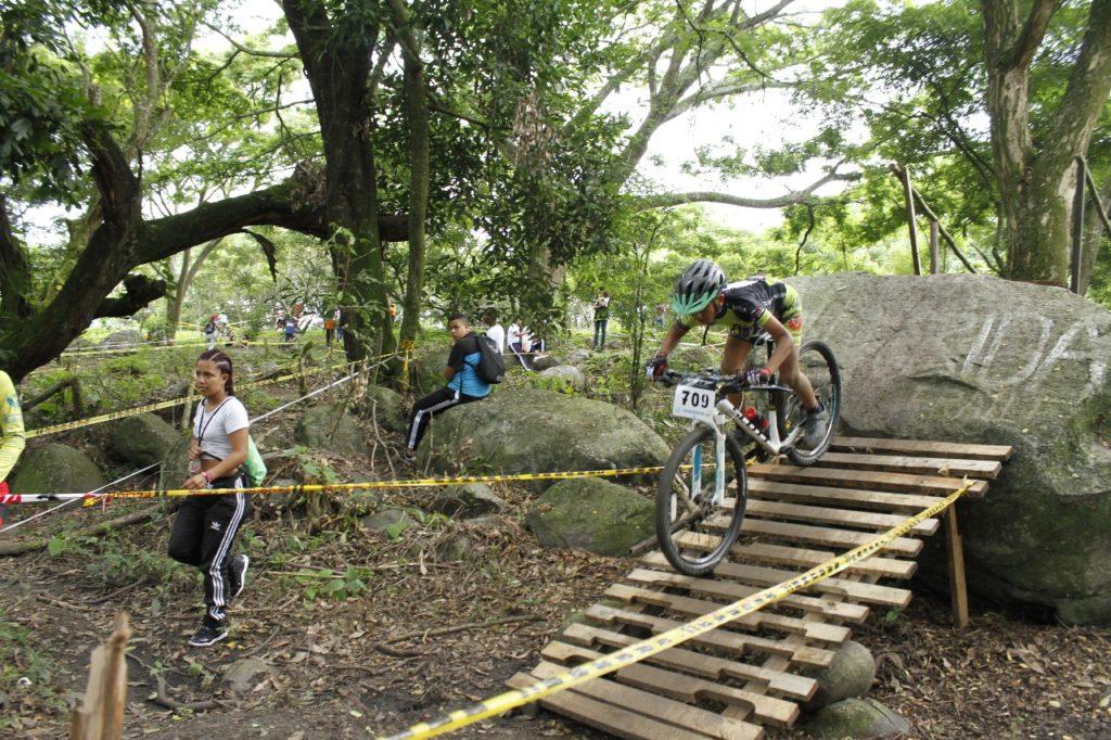 Fiesta de adrenalina en el Campeonato Nacional de Ciclomontañismo