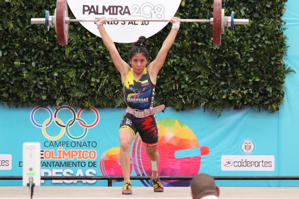 Con acto de apertura, se cumplió segunda jornada del Preolímpico de Pesas en Palmira