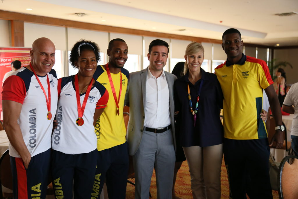 Gobernadora del Valle exaltó a campeones de Juegos Suramericanos 2018