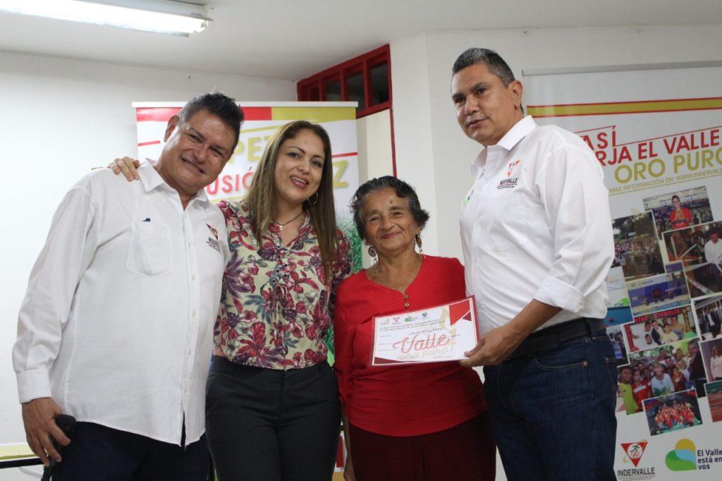 Miembros de la comunidad LGTBI recibieron certificación en Administración y Legislación Deportiva