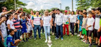 Gobernadora del Valle entregó nuevos escenarios deportivos en Cartago