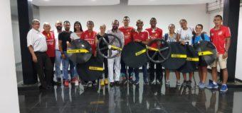 Pisteros del Valle Oro Puro reciben dotación para rodar por nuevas medallas