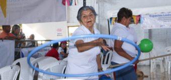 Los adultos mayores del municipio de Ginebra, se benefician con jornadas de recreación