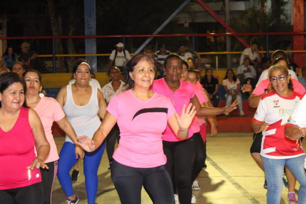 Indervalle celebró el Día Internacional de la Mujer en la comuna 11 de Cali