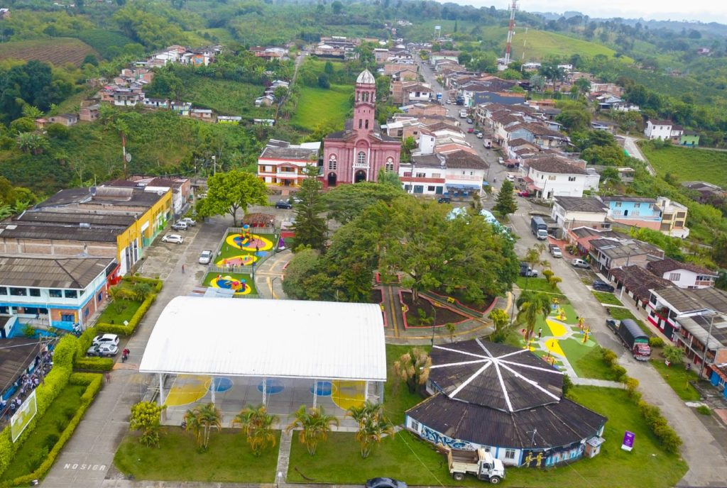 En el municipio de Ulloa, fueron entregadas dos nuevas obras de infraestructura deportiva