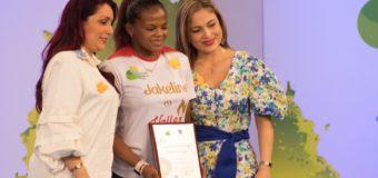Jackeline Rentería, recibió reconocimiento en el 'Galardón de la Mujer Vallecaucana 2019'
