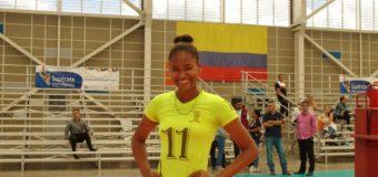 Una bonaverense seducida por el voleibol, ya es figura a nivel nacional