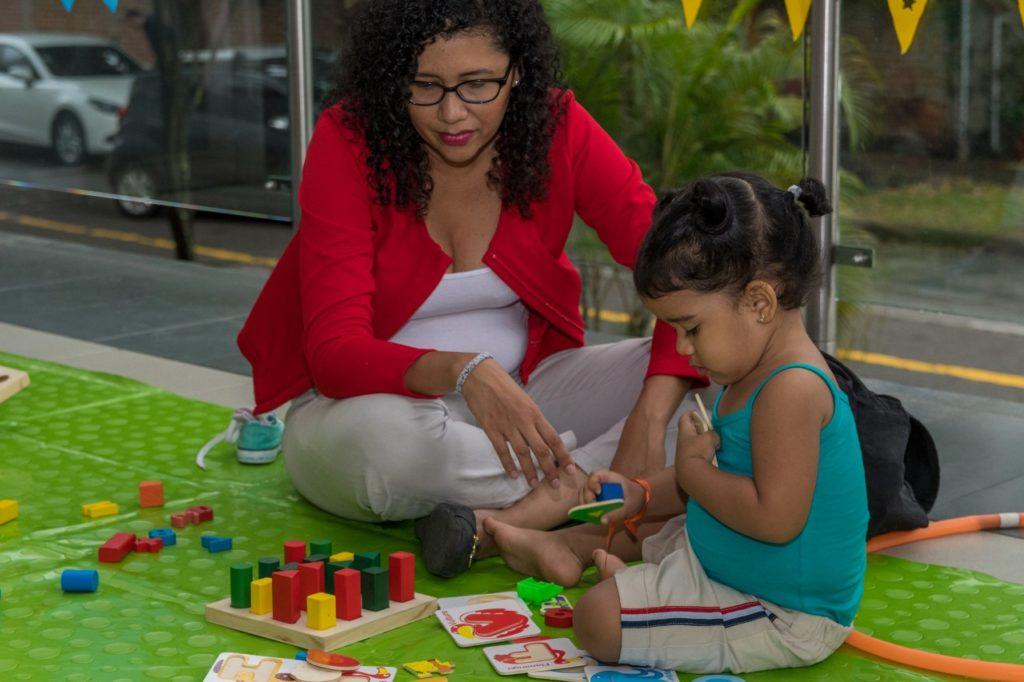 Psicomotricidad orienta a los padres de familia para un desarrollo integral de los niños