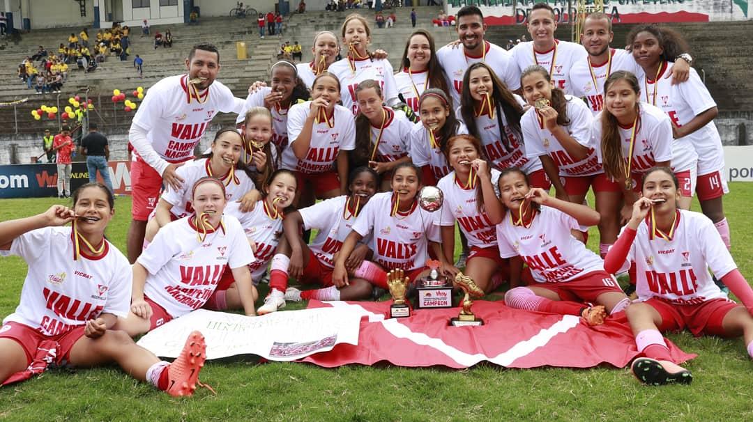Las campeonas del fútbol infantil femenino en Colombia, son del Valle Oro Puro