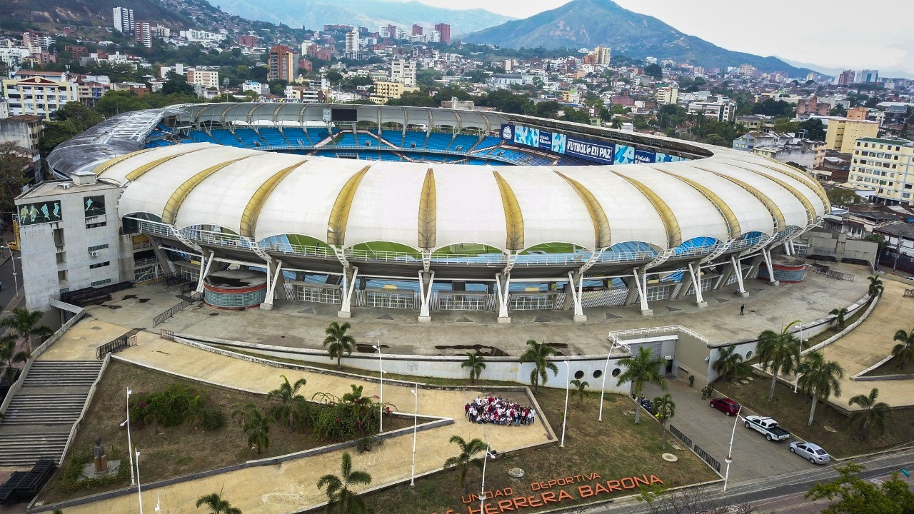 Gobernación del Valle destina primeros $1000 millones para mejoramiento de la iluminación del estadio Pascual Guerrero