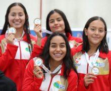 Valle obtuvo sus primeras medallas de natación en los Supérate 2019